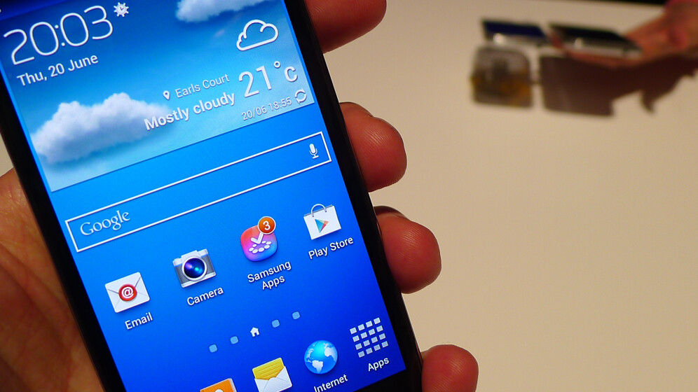 Samsung Galaxy S4 Mini hands-on: an uninspired, mid-range Android smartphone destined for success