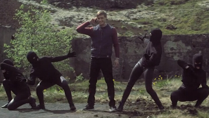 Ninjas, one goat and a less than subtle dig at Apple. Samsung's Galaxy S4 ad in Iceland is weird