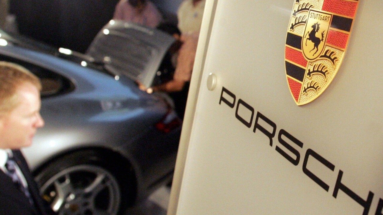 Watch a Porsche Carrera 3.2 engine getting torn down in glorious stop motion