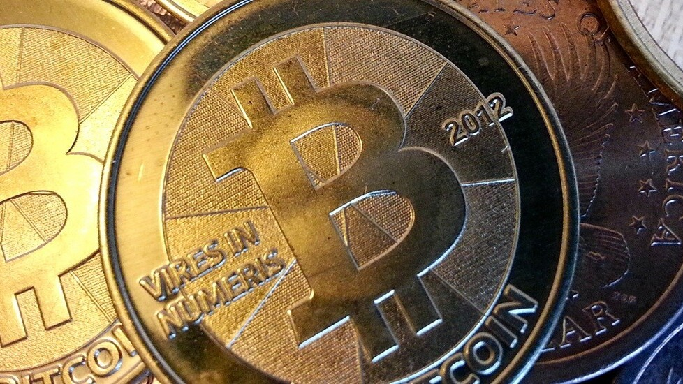 Bitcoin exchange Mt. Gox goes offline as insolvency rumors swirl