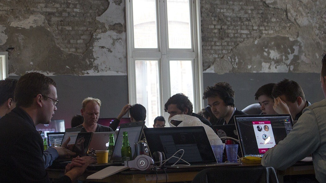 8 things to know before working with an offshore dev team