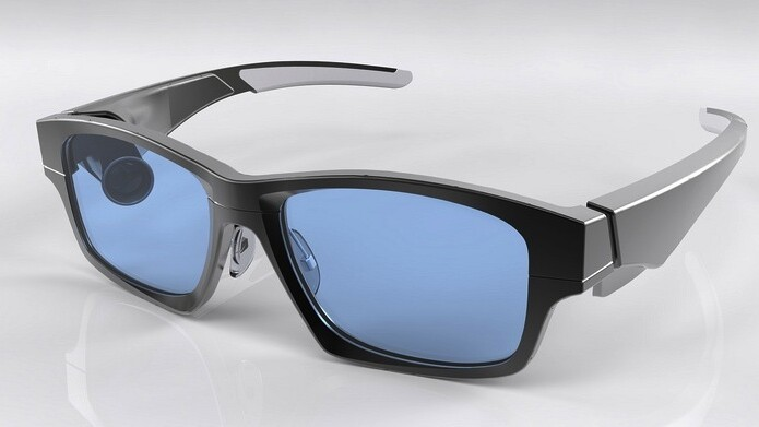 GlassUp officially launches its crowdfunding campaign for a lightweight take on smart glasses