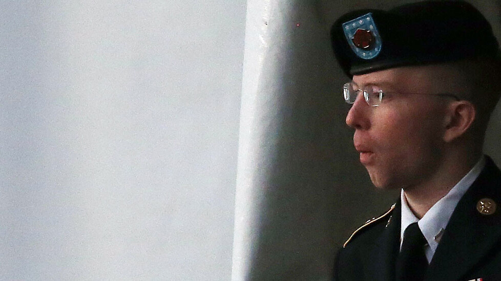Wikileaks source Bradley Manning acquitted of aiding the enemy, guilty of 20 other counts