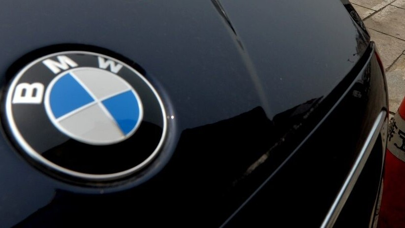 BMW remotely locked a vehicle to trap a thief inside the car he stole