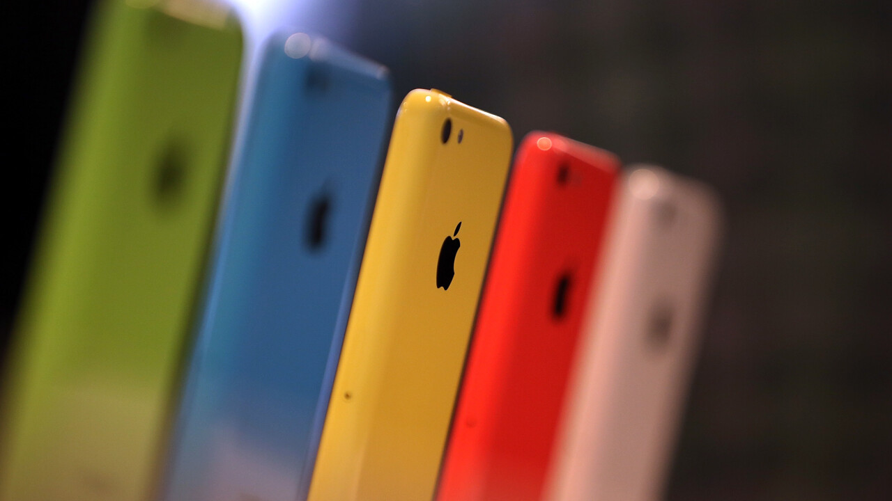 iPhone 5s and 5c sales top 9m over Apple's opening weekend, while 200m devices are already running iOS 7