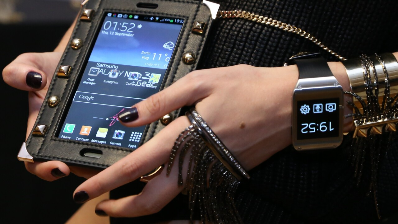 Tech goes glam as Apple and Samsung partner with high fashion to promote their devices