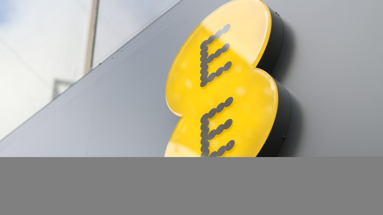 EE now boasts more than 1 million 4G LTE customers in the UK