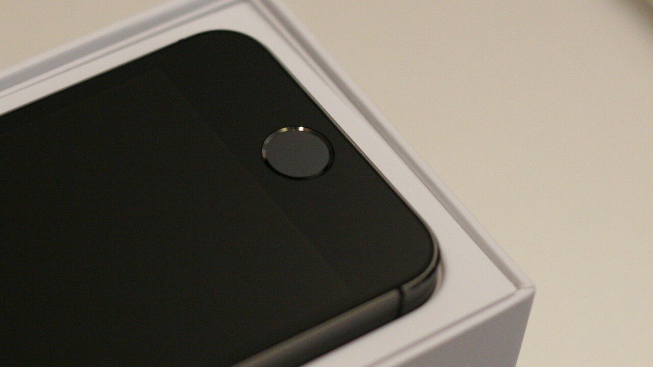 Hands-on with Apple's Touch ID: Thumbs up for fingerprint sensors
