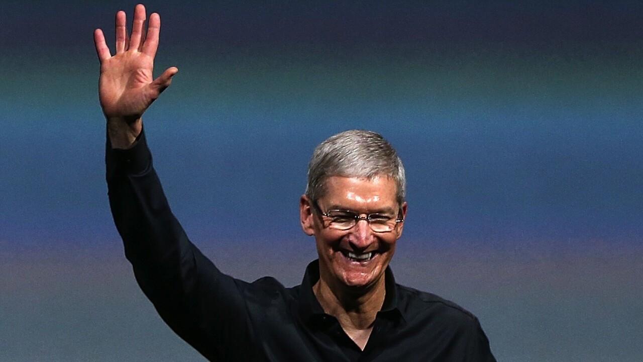 Apple CEO Tim Cook sends his first tweet