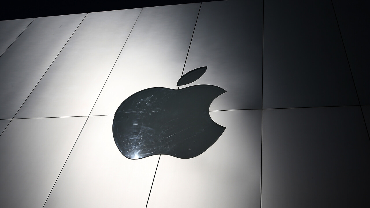 Apple sold 4.6M Macs and 3.49M iPods in Q4 FY2013, a 7% and 35% YoY decrease