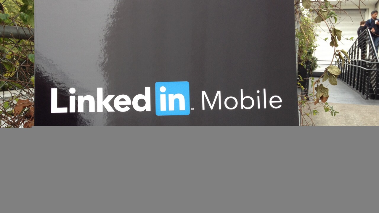 LinkedIn unveils a new-look iPad app and brings Rapportive to mobile with new Intro feature