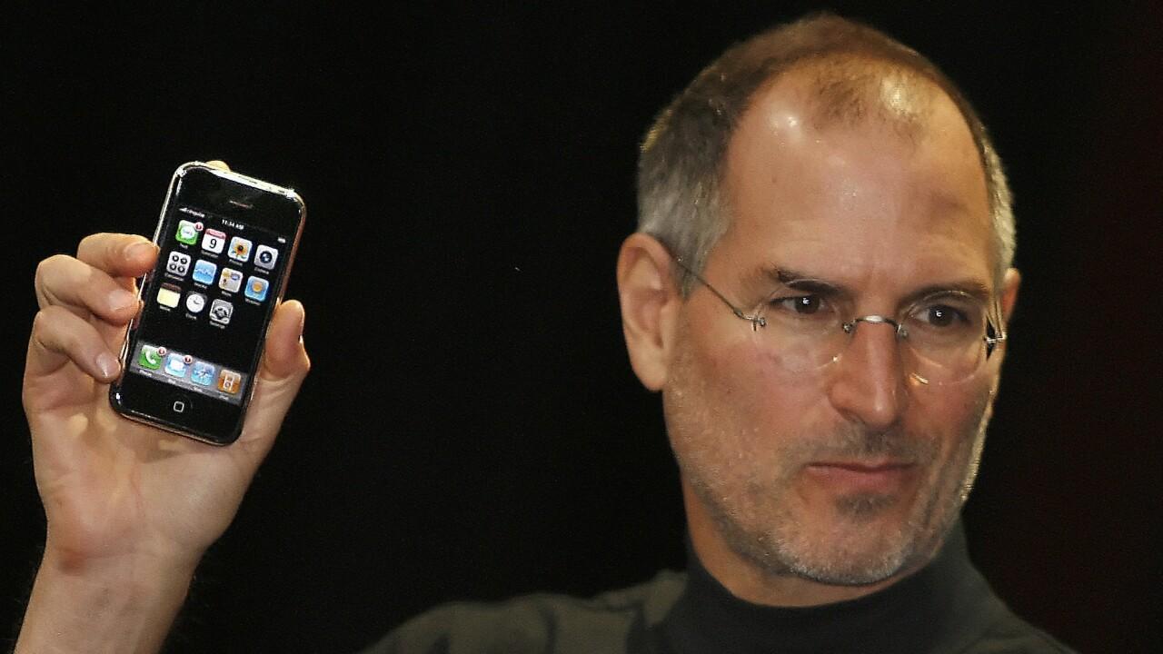 Original iPhone engineer offers behind-the-scenes look at Apple's secretive development process