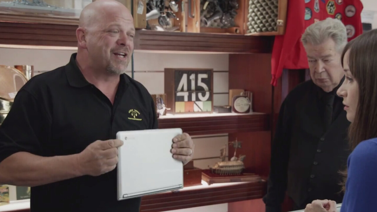 Microsoft mocks the Chromebook in a new video ad for its anti-Google 'Scroogled' campaign