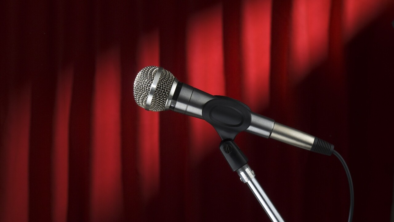 Want to write a better blog? Learn from a comedian