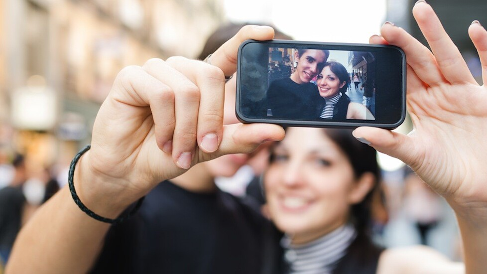 Groopic, an app to help you take group photos, goes freemium and launches on Android