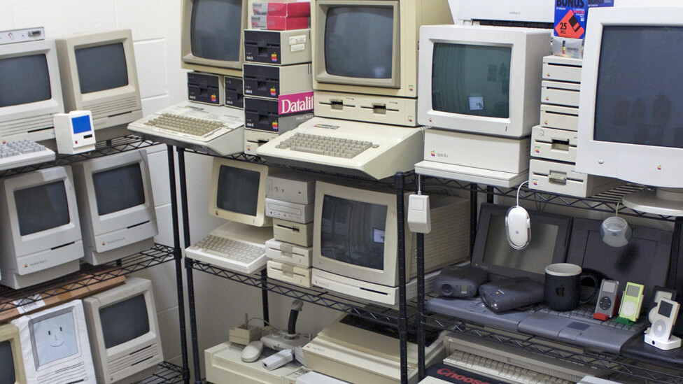 30 years in 33 photos: A visual history of the Apple Mac
