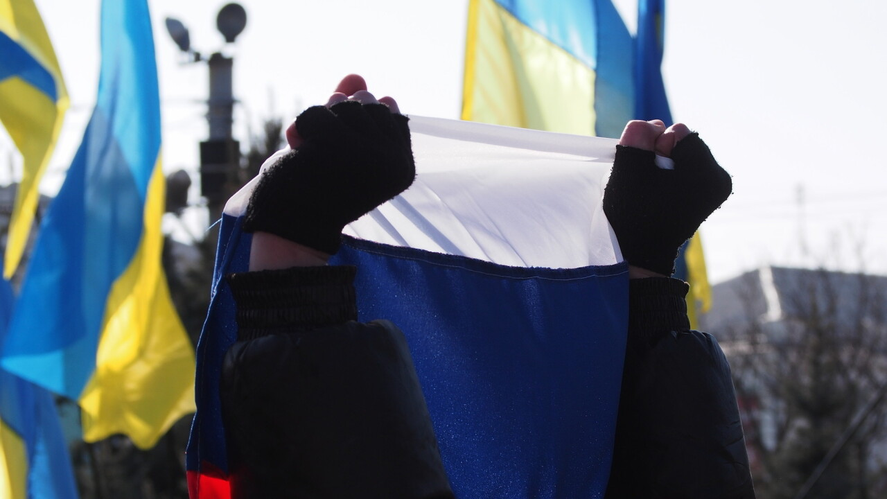 Is Crimea part of Russia? Answers found on Facebook, Vkontakte differ; Wikipedia changes its mind