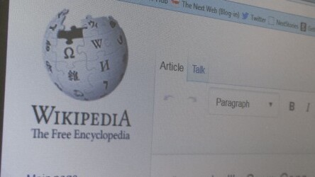 Wikipedia tweaks mobile design to put emphasis on contributors