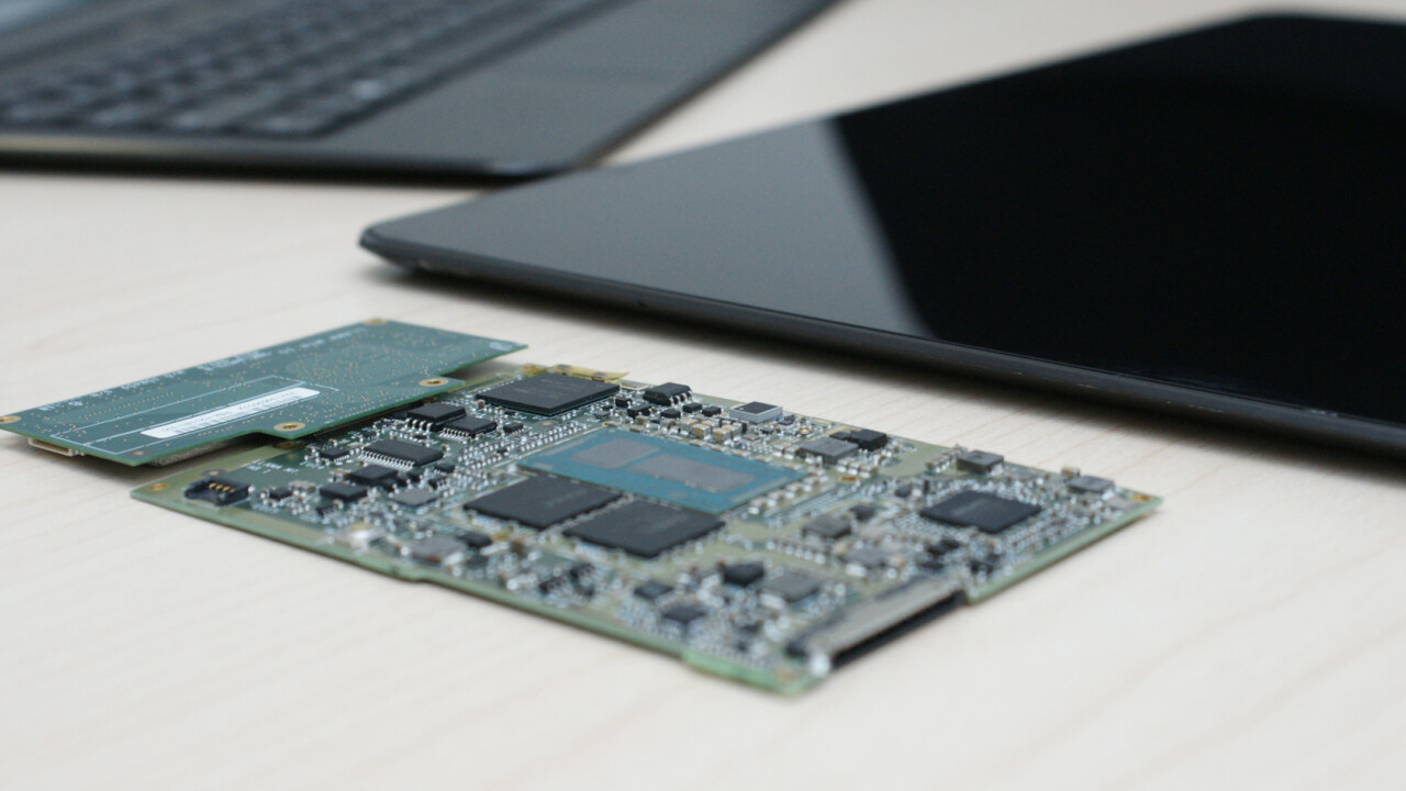 Intel introduces incredibly thin Llama Mountain reference design running Windows 8.1