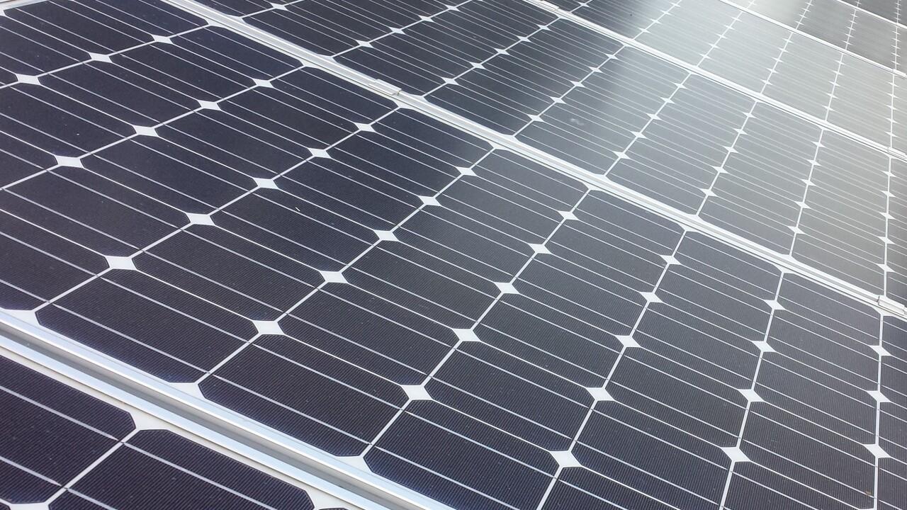Apple invests $55m in 100-acre solar farm