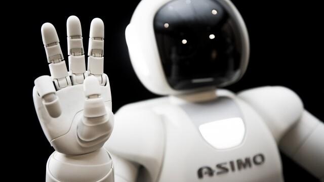 Honda's new, smarter ASIMO brings robots closer to the mainstream
