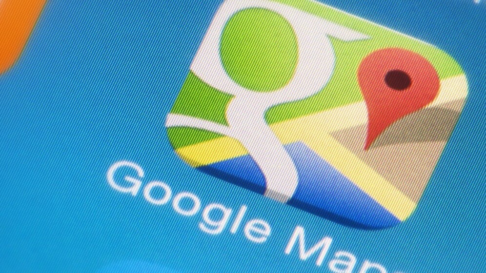 Google Maps for iOS gets full-screen maps, Zagat review filters and quicker voice search