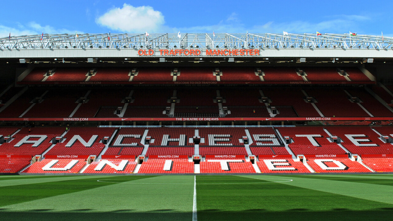 Manchester United bans iPads and other 'large electronic devices' from games at Old Trafford