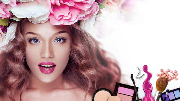 CyberLink's YouCam Makeup app puts avirtual makeupkit inside your phone