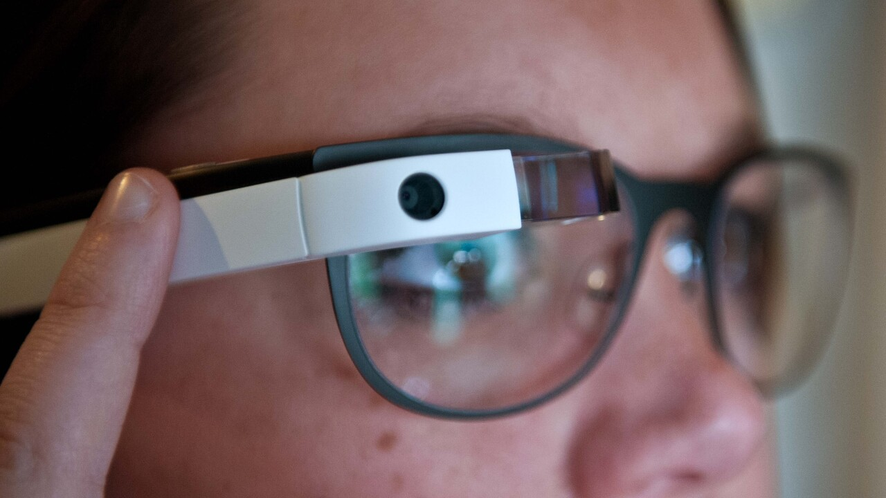 Report: Google is distributing a business version of Glass that attaches to different glasses