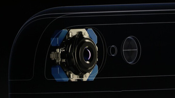 "iPhone camera gets ""Focus Pixels"" sensor and image stabilization"