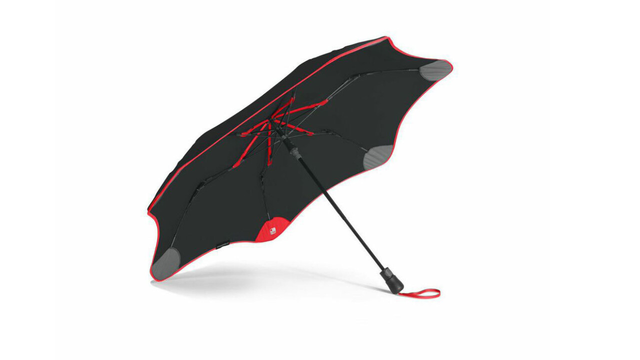 Stuff-tracking Tiles will keep you from losing your fancy Blunt Umbrella