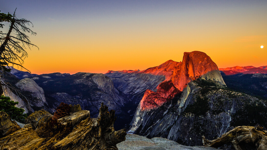 OS X Yosemite review: Macs finally play nice with iPhones