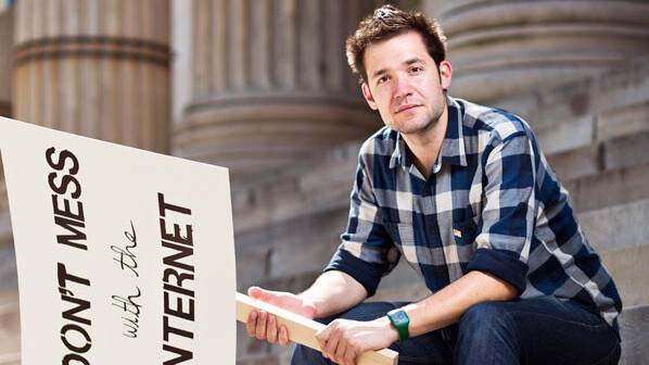 Reddit co-founder Alexis Ohanian returns to company as CEO resigns