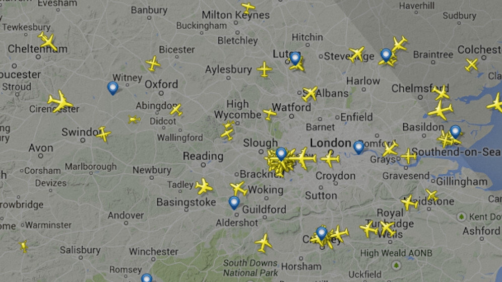 All airspace over London closed due to computer failure