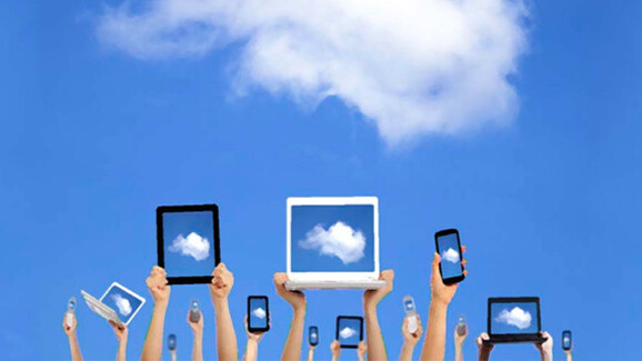 50 percent of mobile photographers use the cloud as a hub for backup and storage