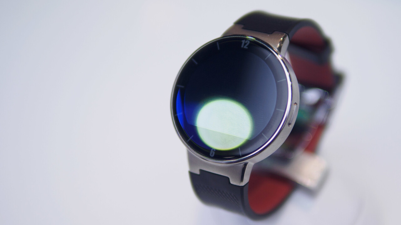 Hands-on: Alcatel's Watch is a cheap and cross-platform wearable alternative