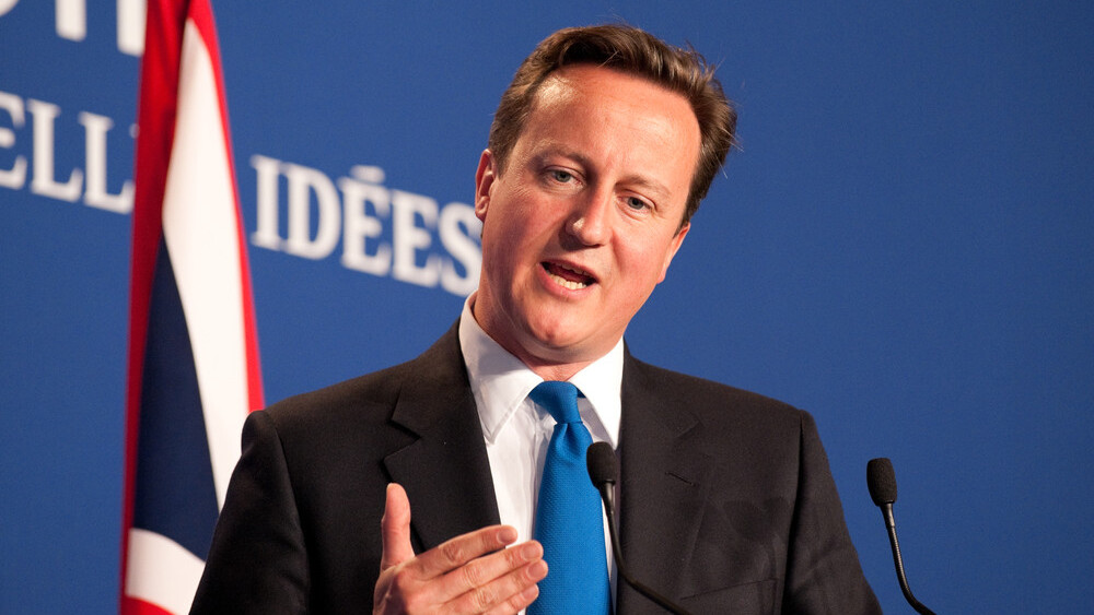 David Cameron announces £50 million programme to bring free Wi-Fi to UK trains from 2017