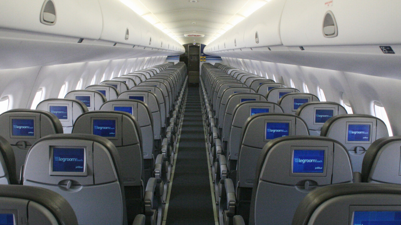 You'll soon be able to pay for meals and drinks on JetBlue flights with your iPhone