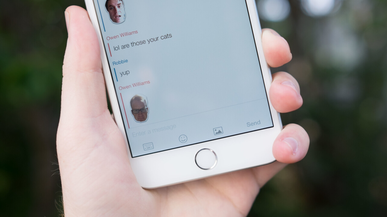 Imoji launches messaging service for sending selfie stickers to your friends