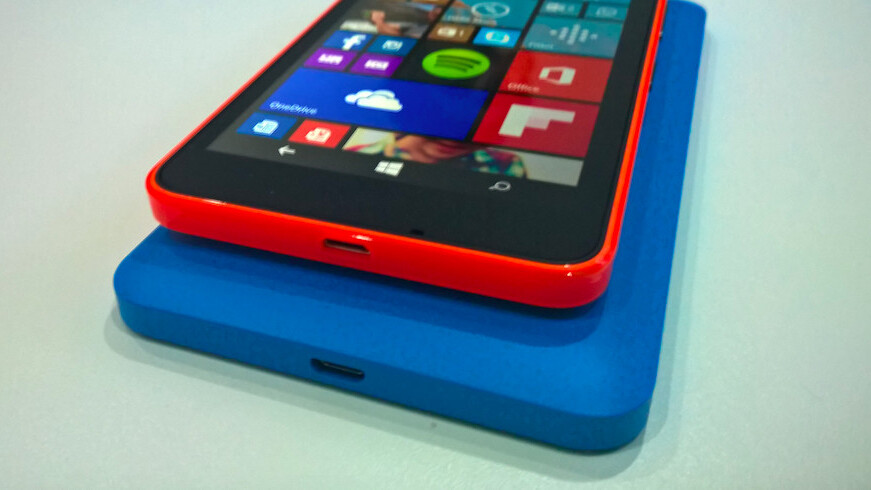 Hands-on with the Microsoft Lumia 640 and 640 XL: Not quite flagship material, but a tactical move