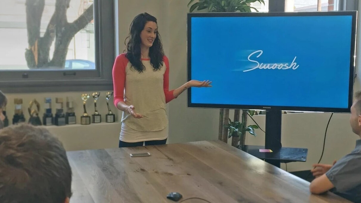 Swoosh for Android turns your hand into a remote control for presentations