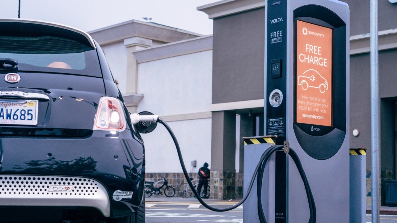 Dutch bank predicts Europeans will buy only electric cars by 2035
