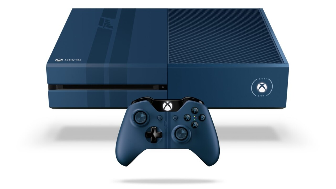 The limited edition Forza 6 Xbox One has racing stripes and sound effects