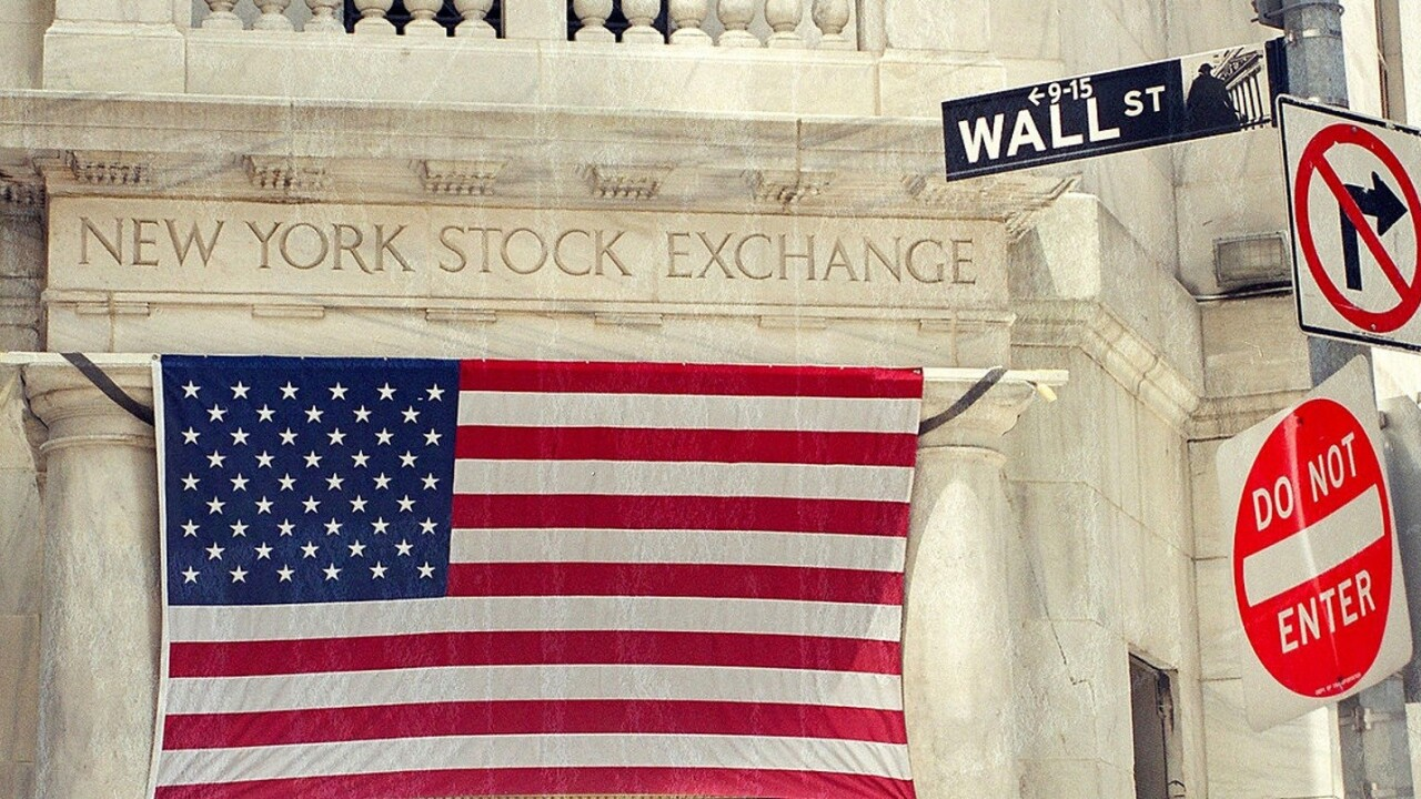 NYSE trading halted due to 'technical issue' [Update: Trading resumed]