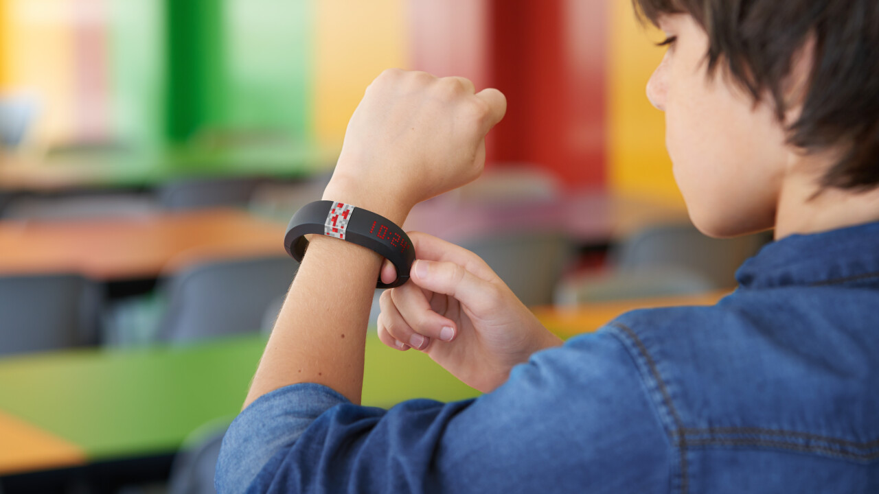 Minecraft wearable review: Love the game? You want the Gameband Redstone