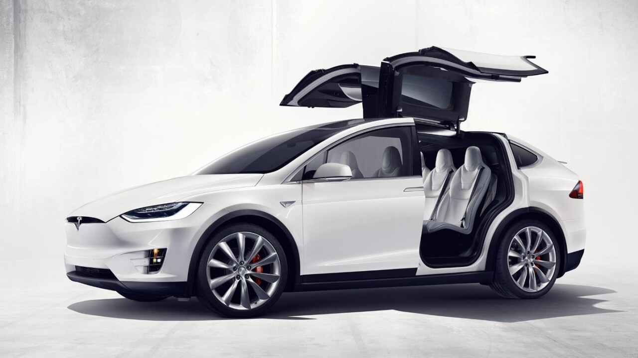 Tesla begins rolling out its Model X SUV