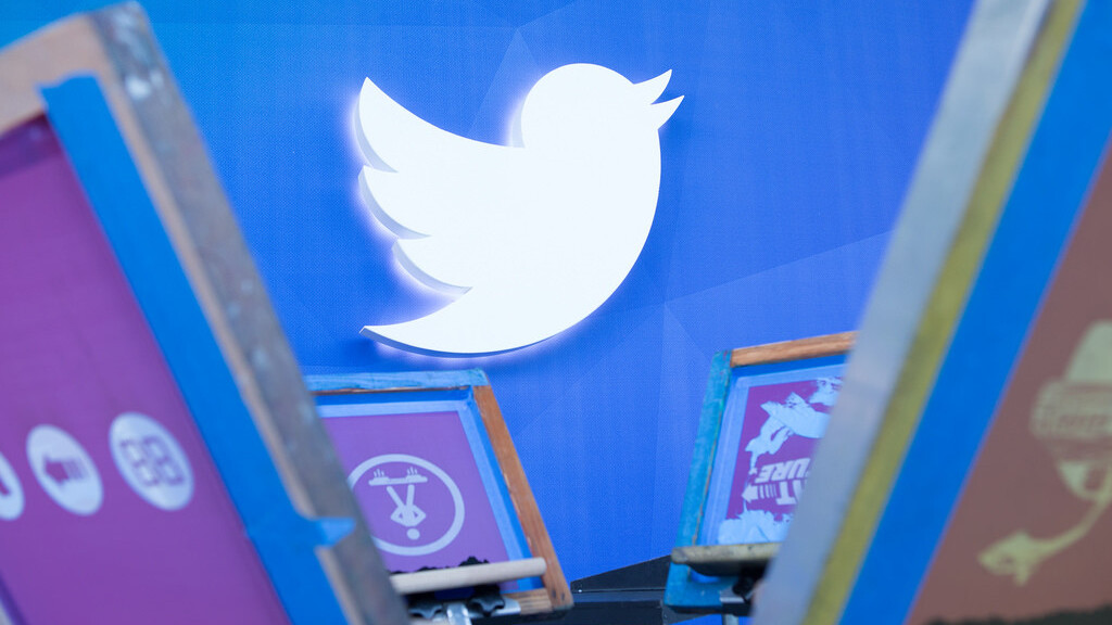 How Twitter is turning 300 million users into one billion views