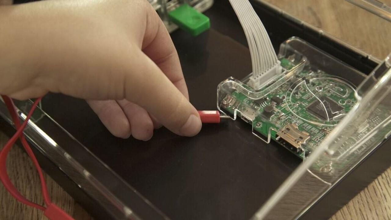 Kano starts shipping a DIY HD screen kit aimed at kids