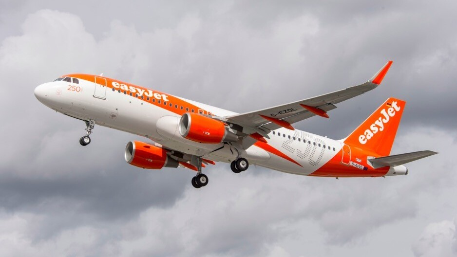 easyJet now lets you track your plane 3 hours before your flight