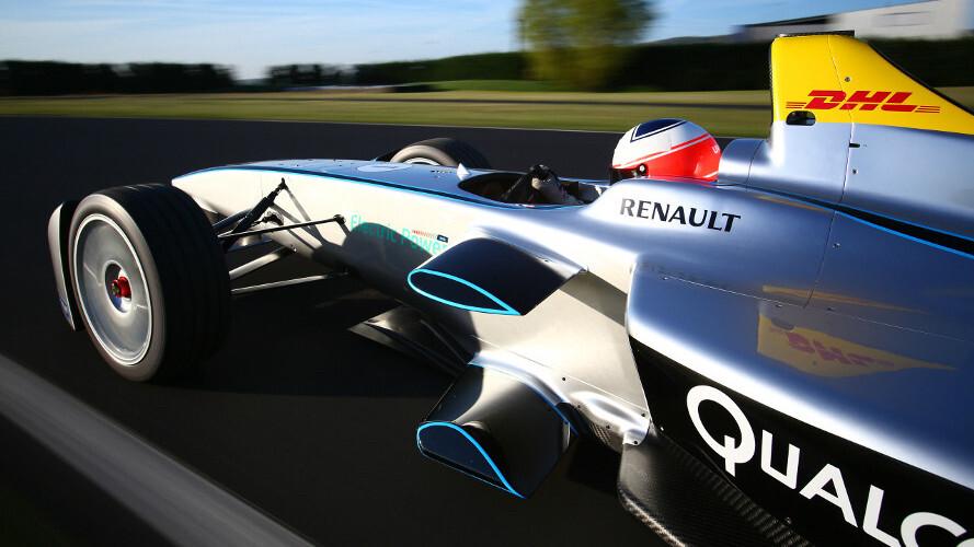 Formula E announces 'Roborace,' the first driverless car race series